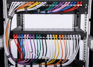 نصب کابل اترنت در مرکز شبکه