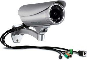 ویژگی های دوربین های آنالوگ
